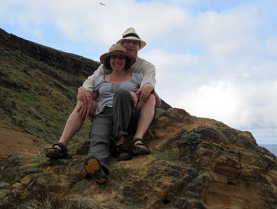 At the top! Steve et moi. It was very windy up there. I nearly lost my haot! That darn Panama hat just did not want to stay on my head.