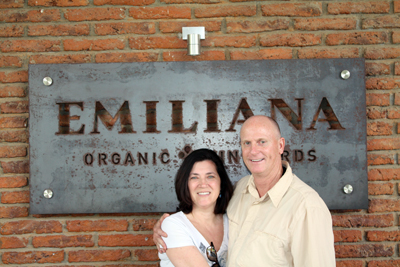 """Steven King"" et moi at Emiliana Organic Vineyards. Emiliana is doing a great job of advertising around Chile. Wherever we went, we'd spot their name on restaurant awnings. Wines of Chile named Emiliana Winery of the Year for 2015. The vineyard was impeccable."