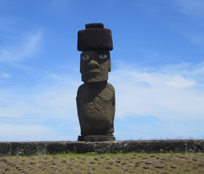An example of what the Moai might have looked like before the folks of Easter Island began warring with neighboring tribes, which entailed trying to smash as many of other tribes' Moai as possible, or at least knock them down.